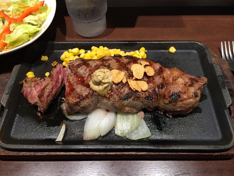 12オンスのステーキ
