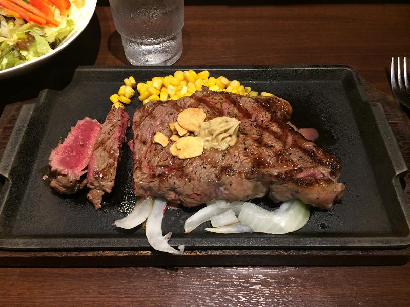 ステーキのグラムごとの写真とカロリーなどの栄養成分まとめ ...