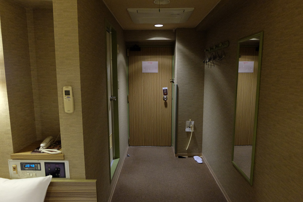 ホテル ザ・グランコート津西 ドア側