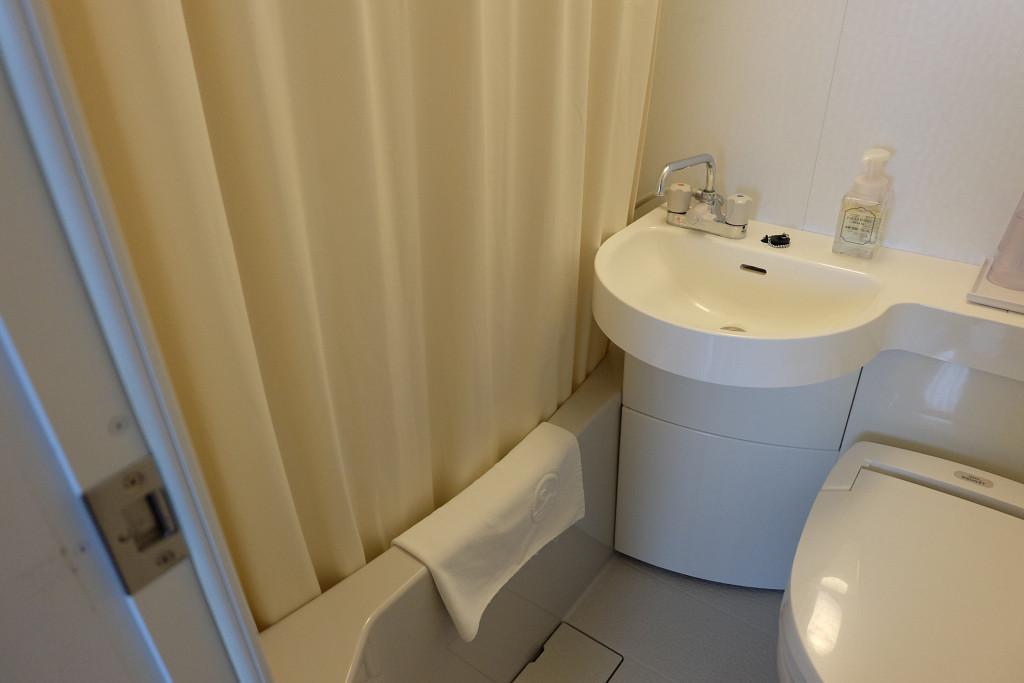 石垣島ホテルククル ダブルルーム バスルーム