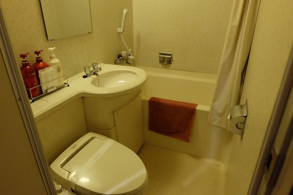 ビジネスホテル東宝イン高松 ツインルーム バスルーム