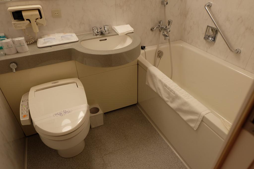 ホテル アド・イン鳴門 ツインルーム バスルーム