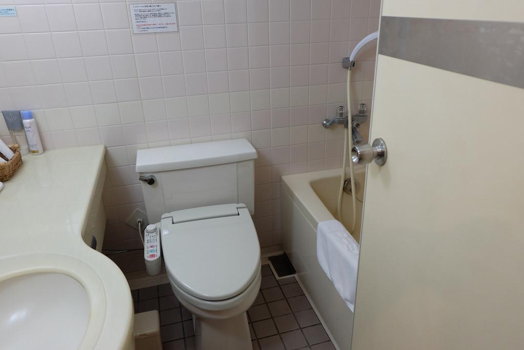 ターミナルホテル松山 ツインルーム バスルーム