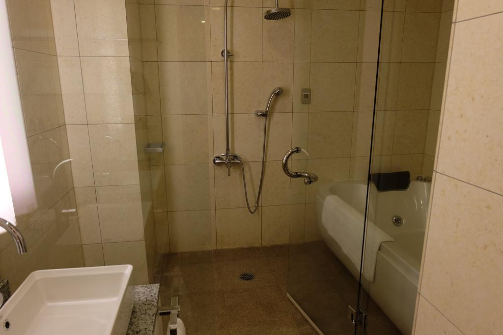 ヴィラテラス大村 1305号室アジアンリゾートルーム バスルーム
