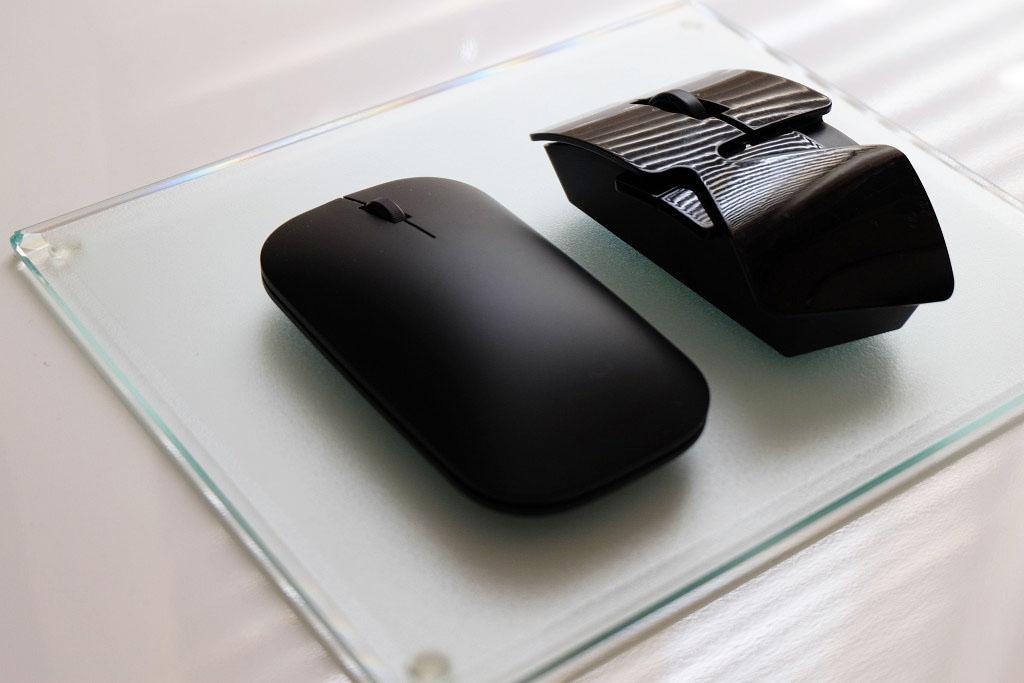 マウスの質感と大きさ比較