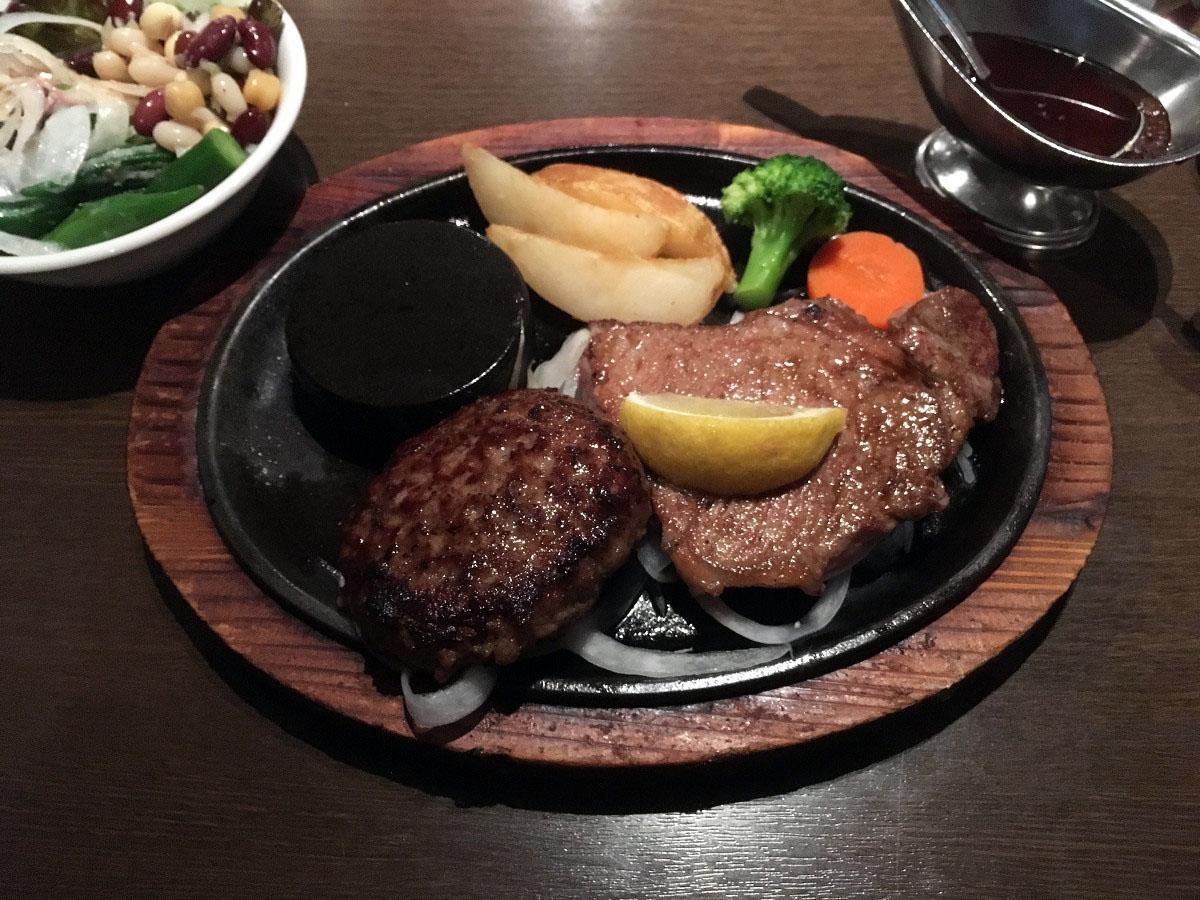 あさくま 多摩川店「あさくまグリル(あさくまハンバーグ120g、サーロインステーキ100g)」(2017年6月)