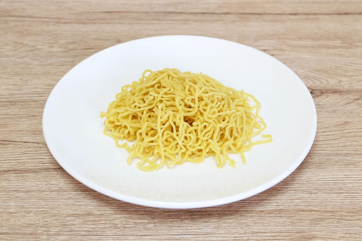 生麺100g