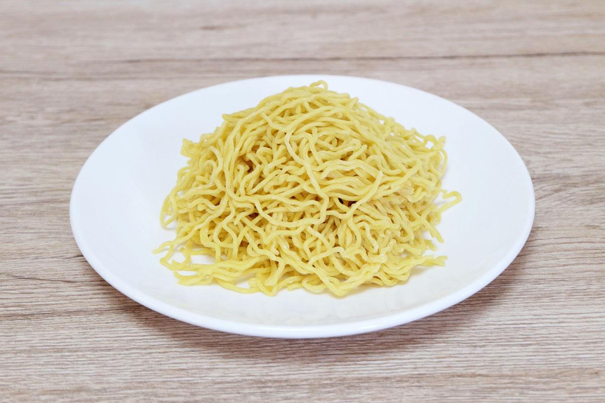 生麺200g