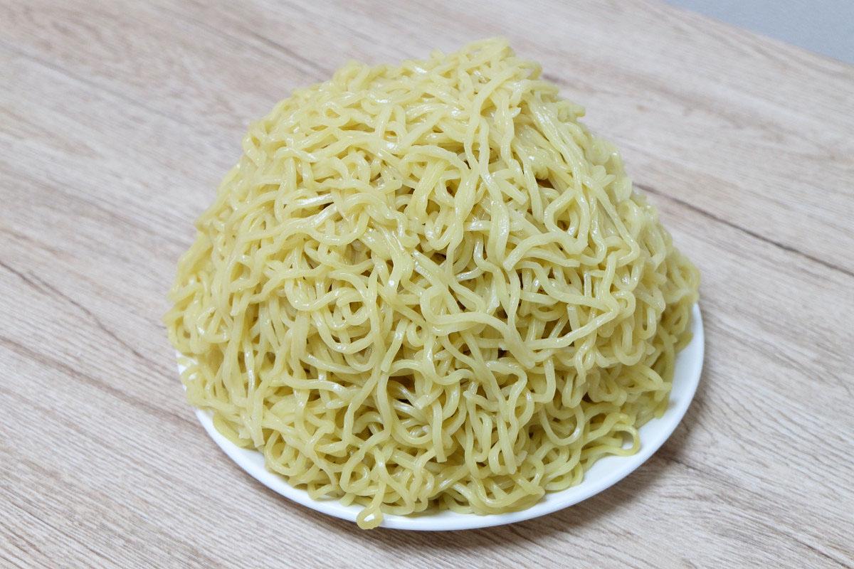 1000gのつけ麺(茹でた後:1622g)