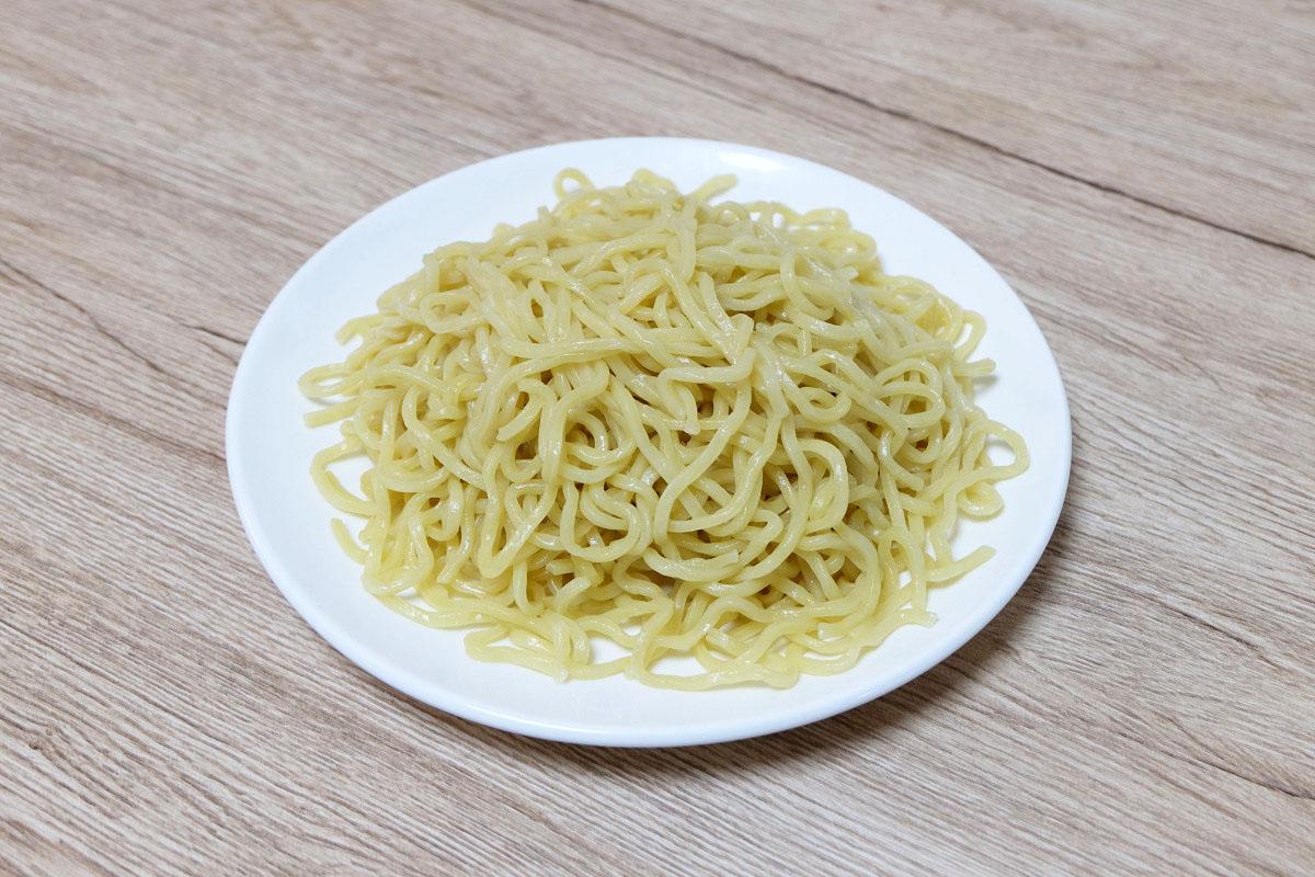 250gのつけ麺(茹でた後:408g)
