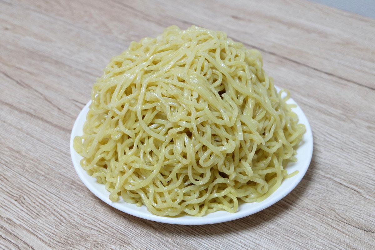 700gのつけ麺(茹でた後:1146g)
