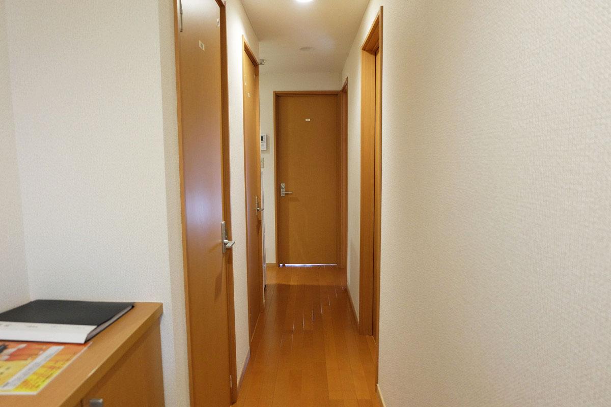 1室3部屋(シングル1・セミダブル2) 44平米