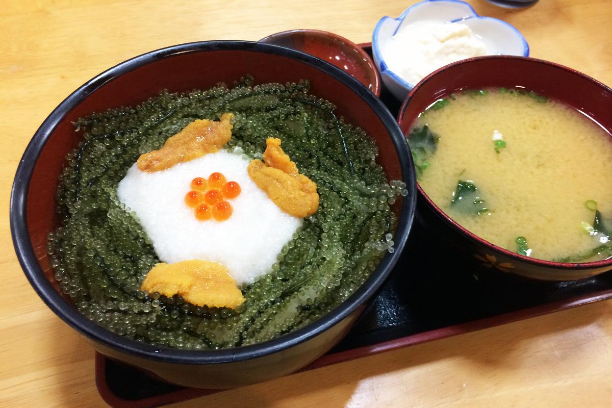 元祖 海ぶどう 本店「海ぶどう丼」