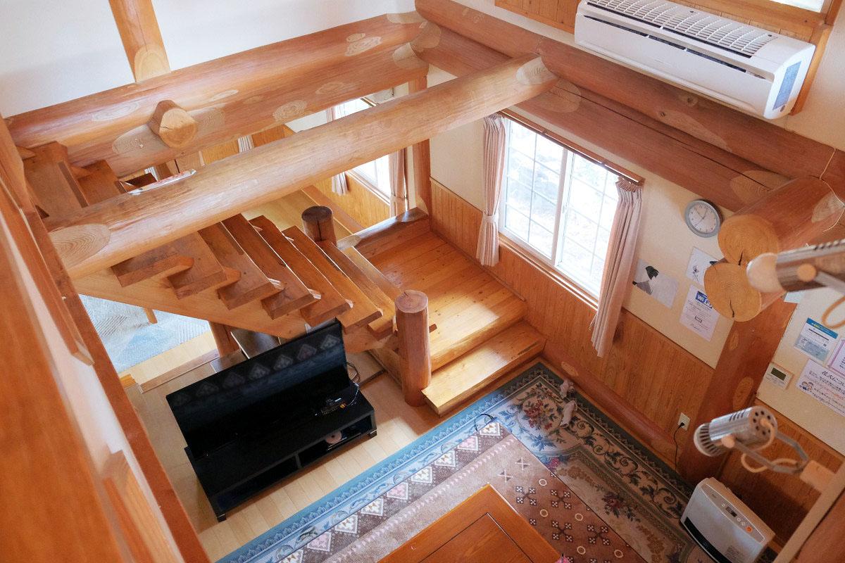 2階から見た1階