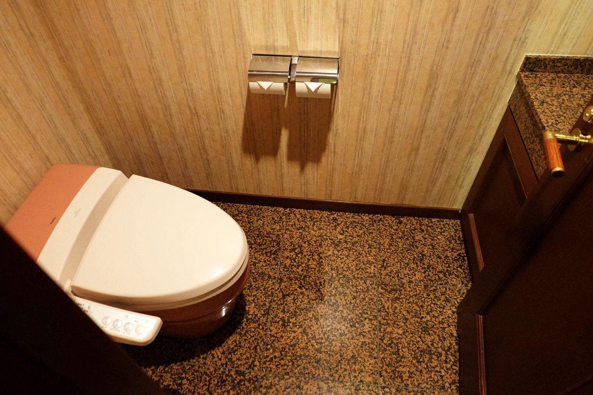 洗面台付きトイレ
