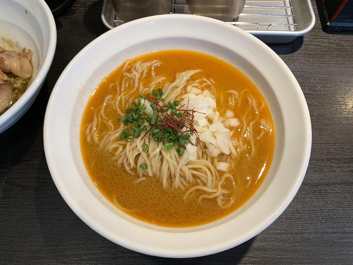 冷やしトムヤムクン蕎麦