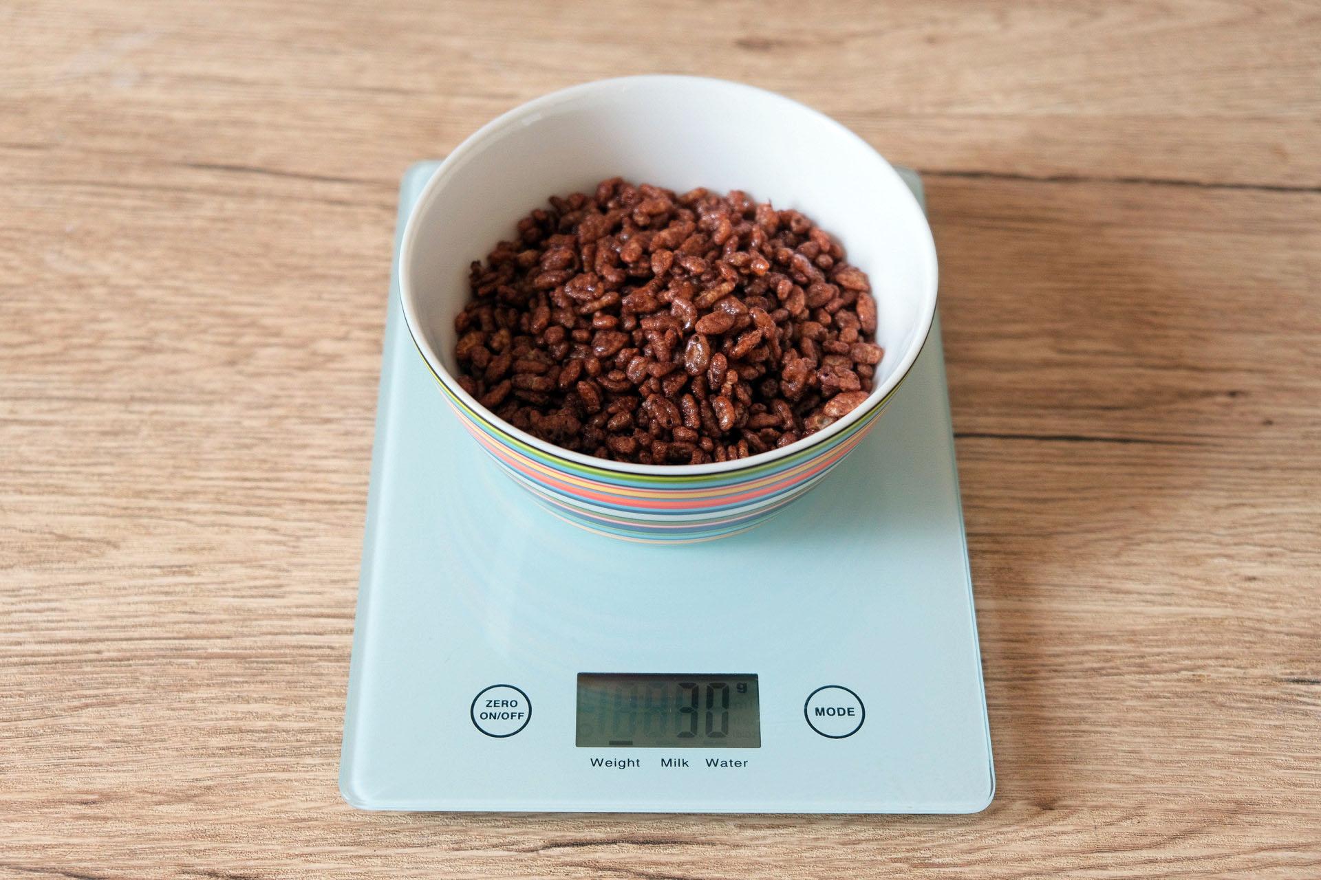 1食分のチョコクリスピー30グラム