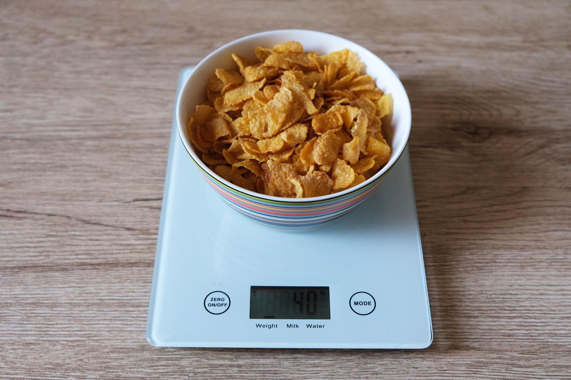 1食分のコーンフレーク40グラム